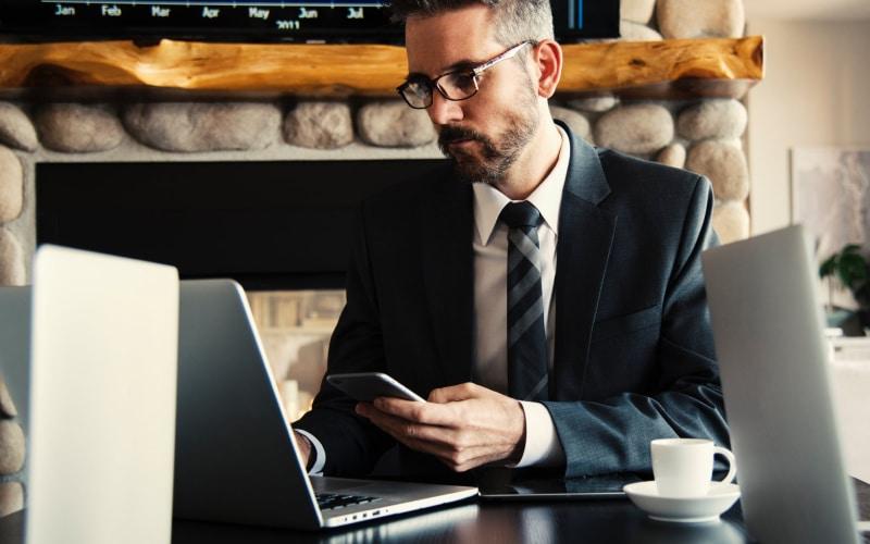 8 - HR Compliance